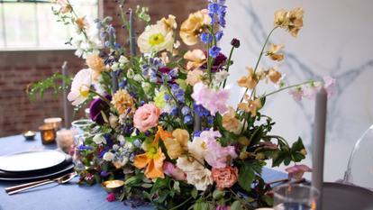 0267375_DIY-Floral-Foam-Centerpiece