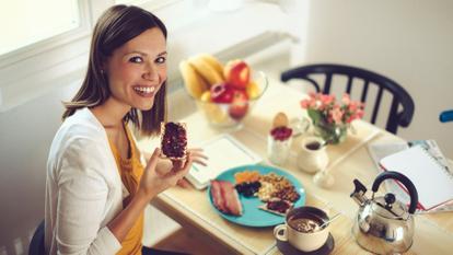 Frau Lebensmittel Webite Getty Images